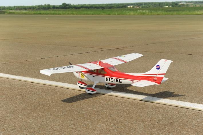 Phoenix Cessna 182 - 166 cm - D-POWER Webshop